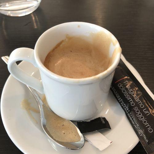 Prendiamo un bel caffè italiano insieme!
