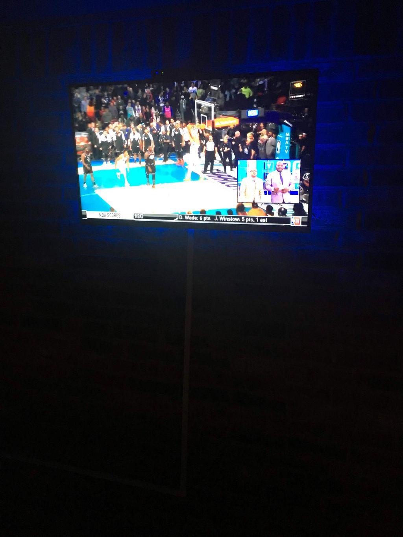Outdoor TV Hang