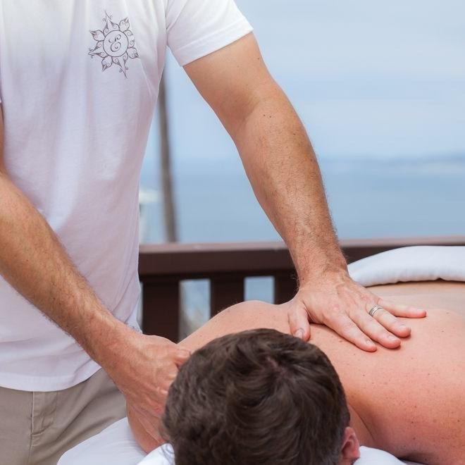 re.kin.ect Therapeutic Massage