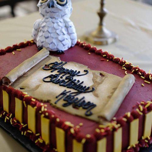 HP-themed birthday cake