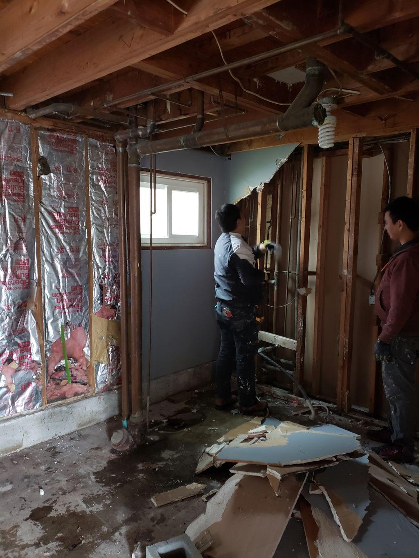 We build new bathroom in garage
