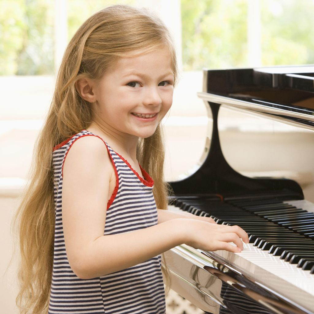 JOYFUL PIANO STUDIO (Located in Bellevue, WA)