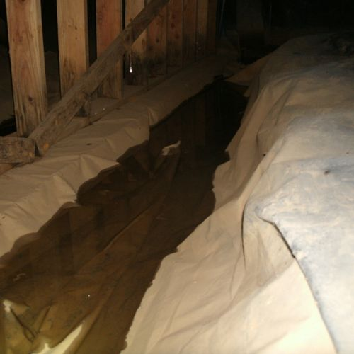 There is way to much water in this crawlspace