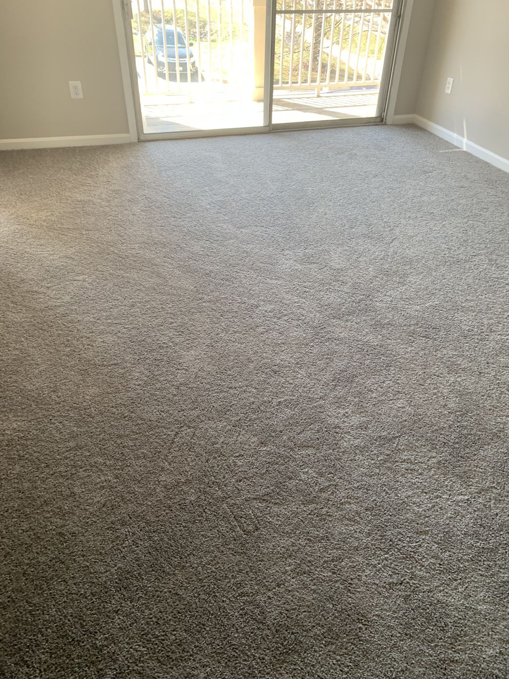 New carpet Installetion in the condominium
