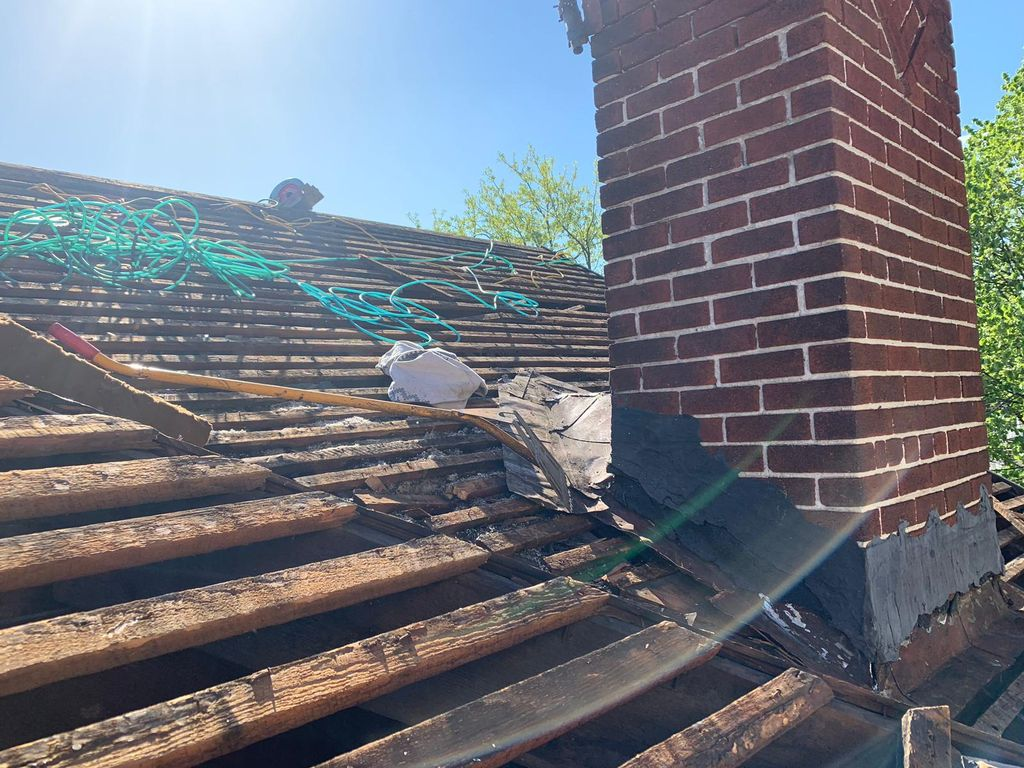 Cedar shingle Replacement with new sheathing