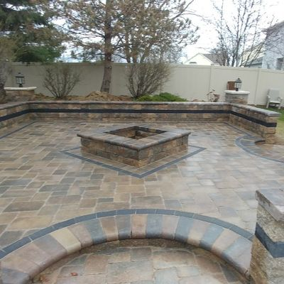 Avatar for Efrain's Brick Paving & Landscaping