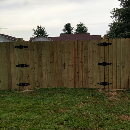 10 ft. wide gate