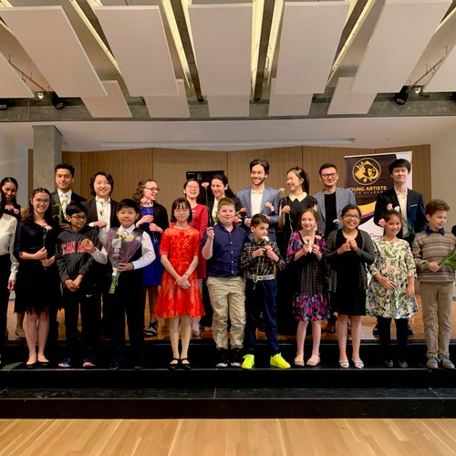 Happy smiles after Grand Finale Concert at 1900 Building