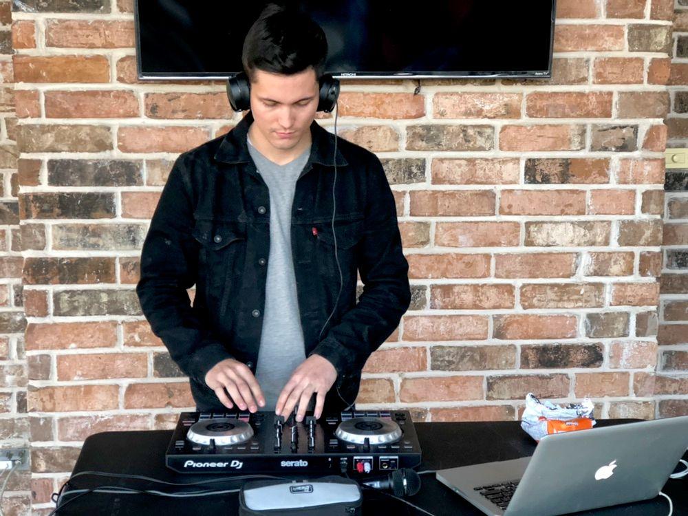 DJ ZAZU
