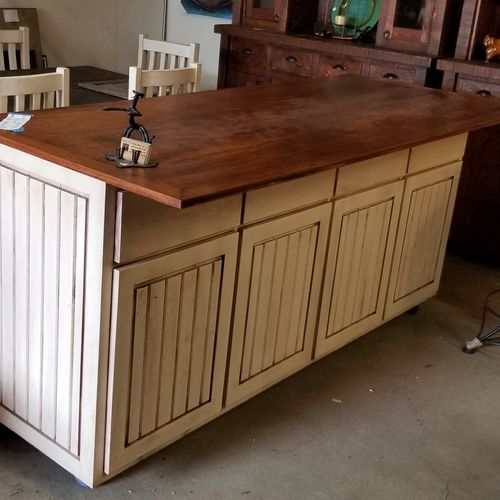 glazed white bar with hickory top