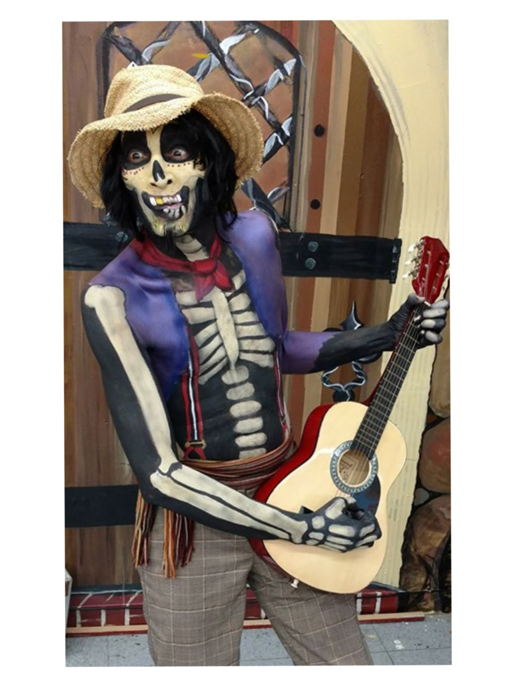 Bodypaint-Hector from the movie Coco