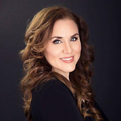Avatar for Kirsten Fredrickson, NYS Licensed Makeup Artist Binghamton, NY Thumbtack