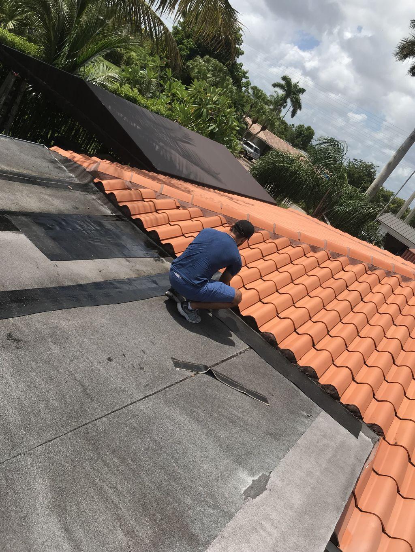Flat roof Protective coating & seem restoration