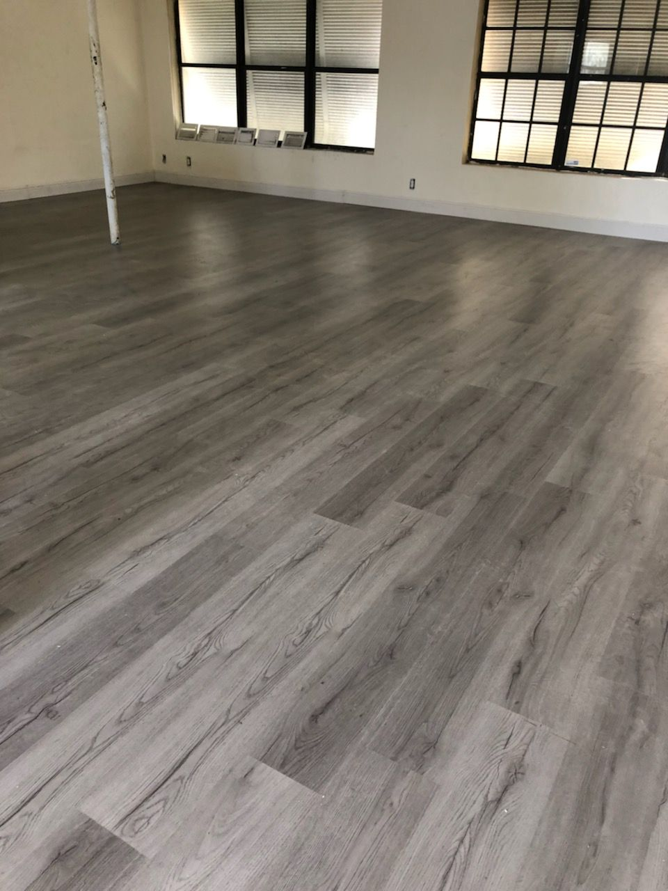 Vinyl floor installation in south Florida