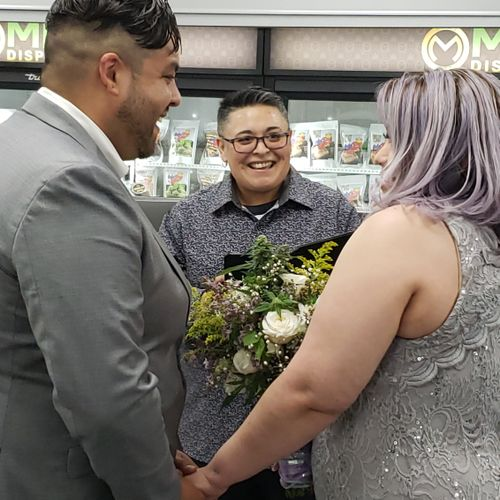 First AZ Canabis Ceremony,  performed inside the dispensary in front 3 television stations.  It was a true honor.  Congratulations to the newlyweds!