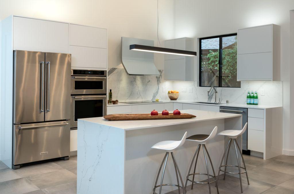 Kitchen Remodel by Treeium