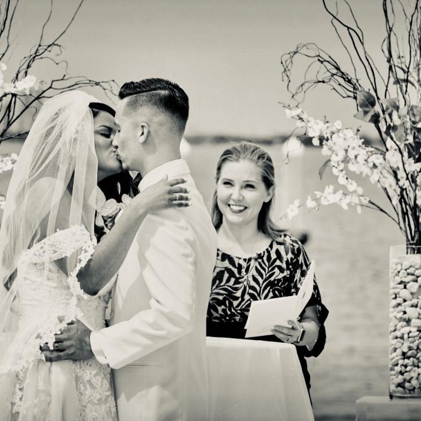 Sunshine Wedding Officiants
