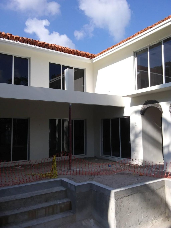 New Stucco 2 story house