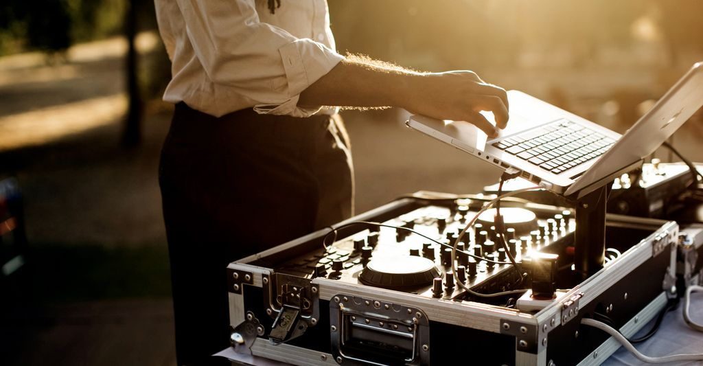 A DJ in Apache Junction, AZ