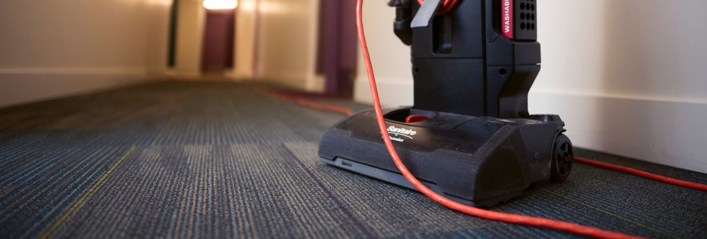 A carpet cleaner in Inver Grove Heights, MN