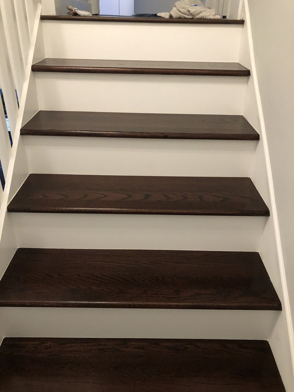 Stairs tops installation