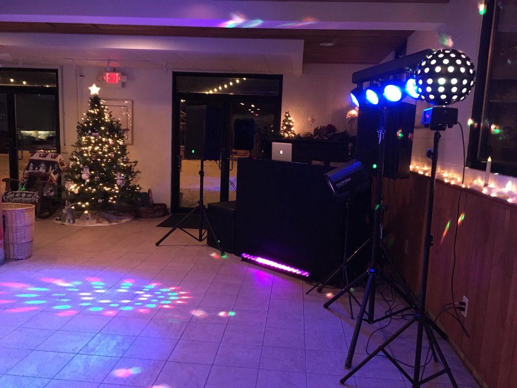 DJ party wedding
