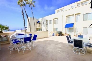 Beautiful Huntington Beach Property-situated right on the beach