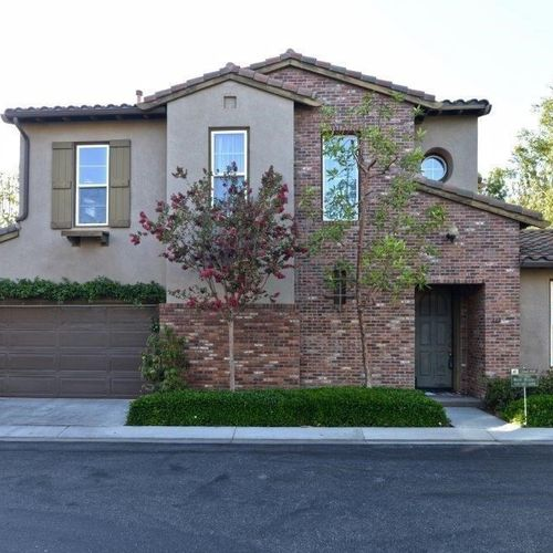 Location..Location..Check out this Irvine Beauty