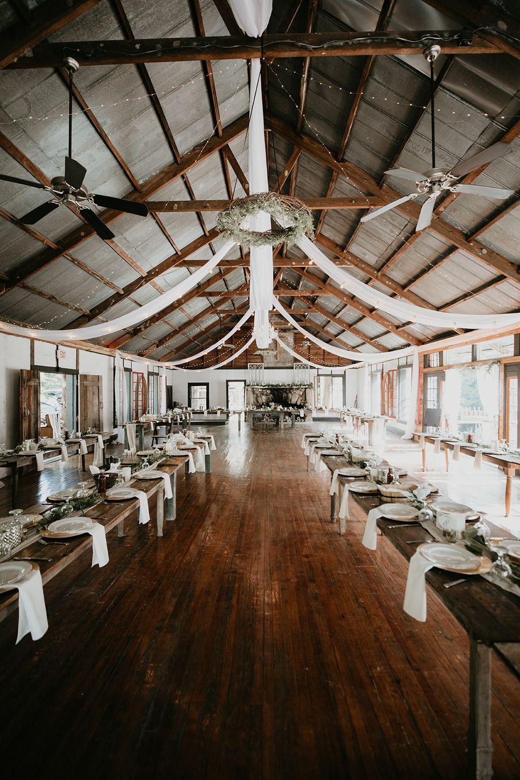 Vintage meets modern mountain wedding