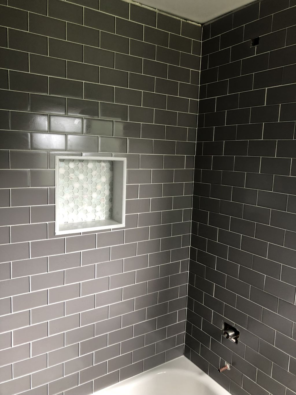 Tub surround with glass tile