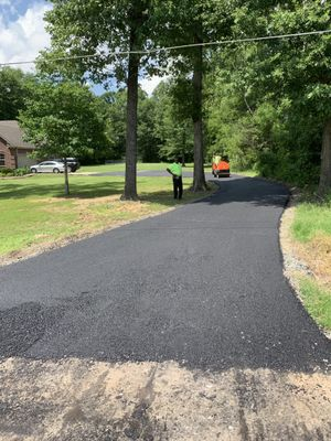 Avatar for asphalt paving White Hall, AR Thumbtack