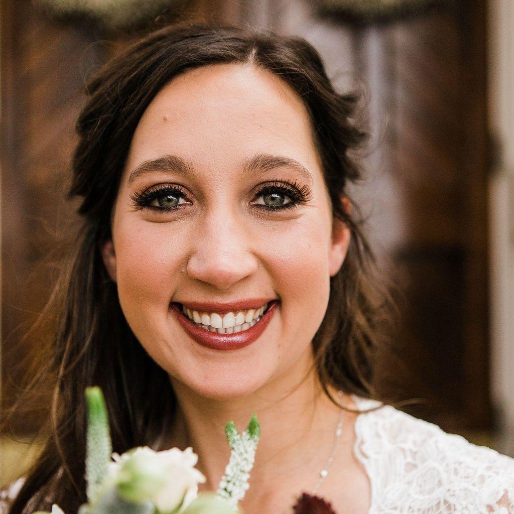 Lauren Sykes Officiant
