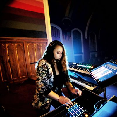 Avatar for Melody Music Services - Piano, Vocals, DJ