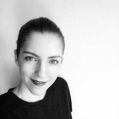Avatar for Lisa Tselebidis - KonMari Certified Consultant