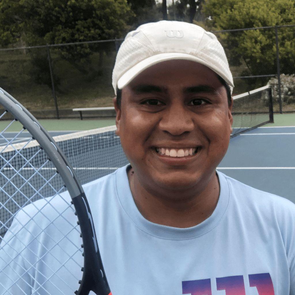 Julio's Tennis School