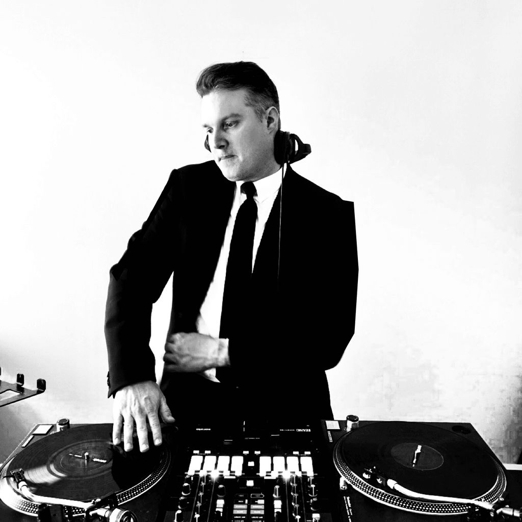 DJ Threez (Corporate & Night Life Events)