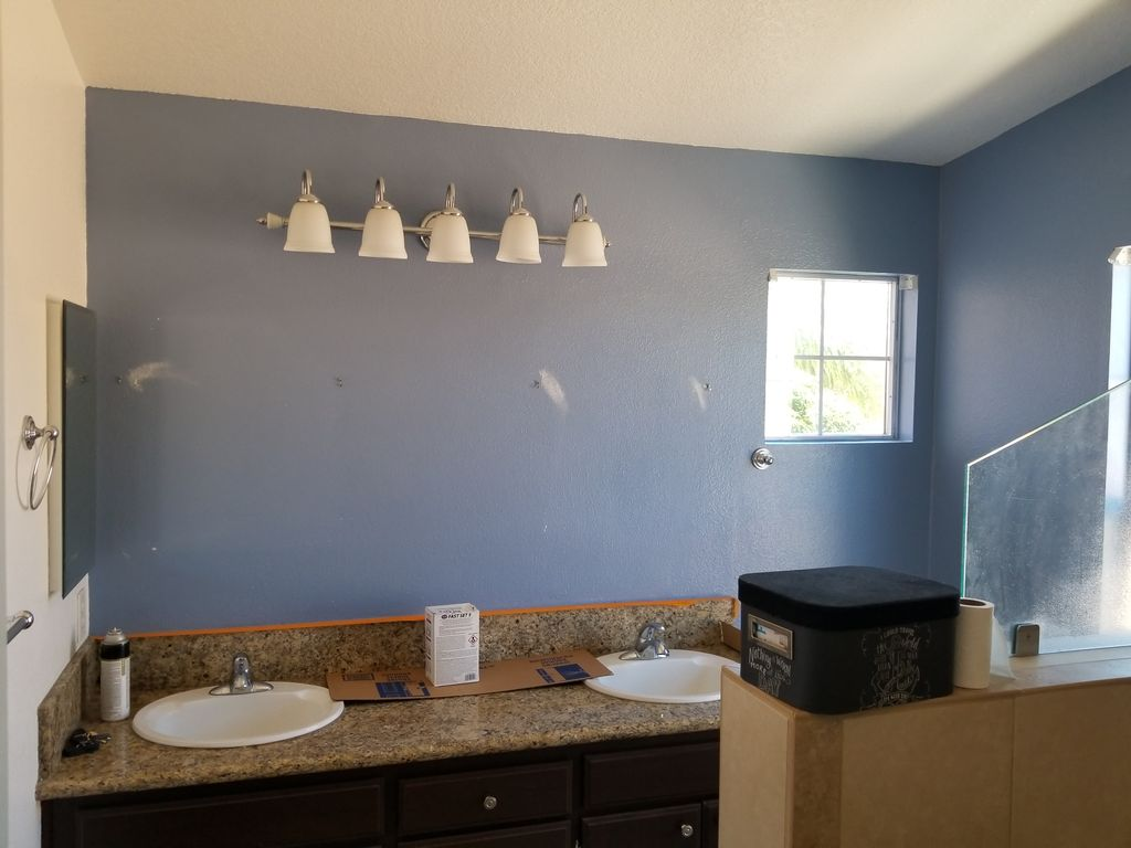 Bathroom Accent Wall Color Change