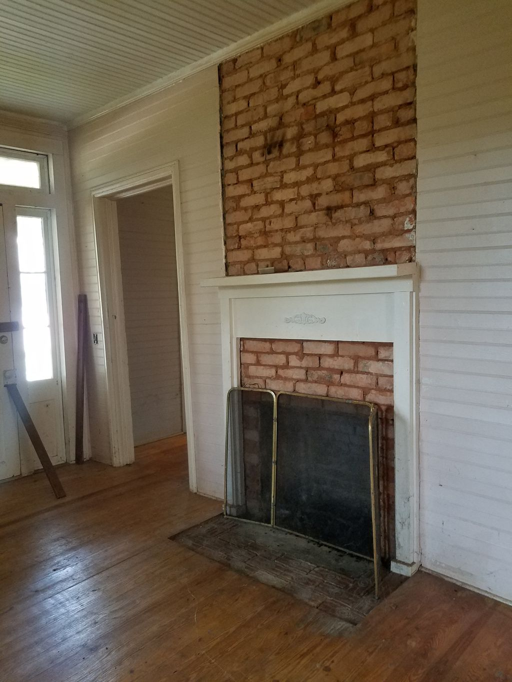 Fireplace Repair and Paint