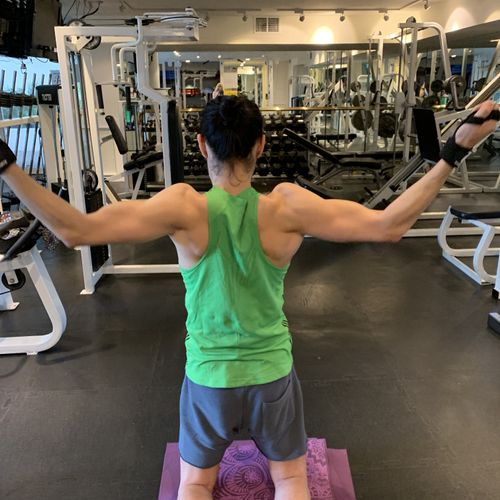This exercise is one of the hardest ones by far! Very intense on the lats and pecs! Burner!!