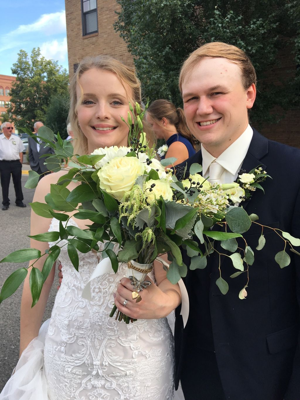Gorgeous Wedding at Plains Art Museum