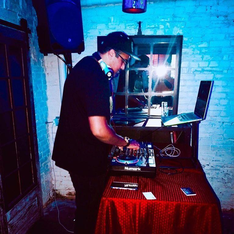 DJ L.I.C.