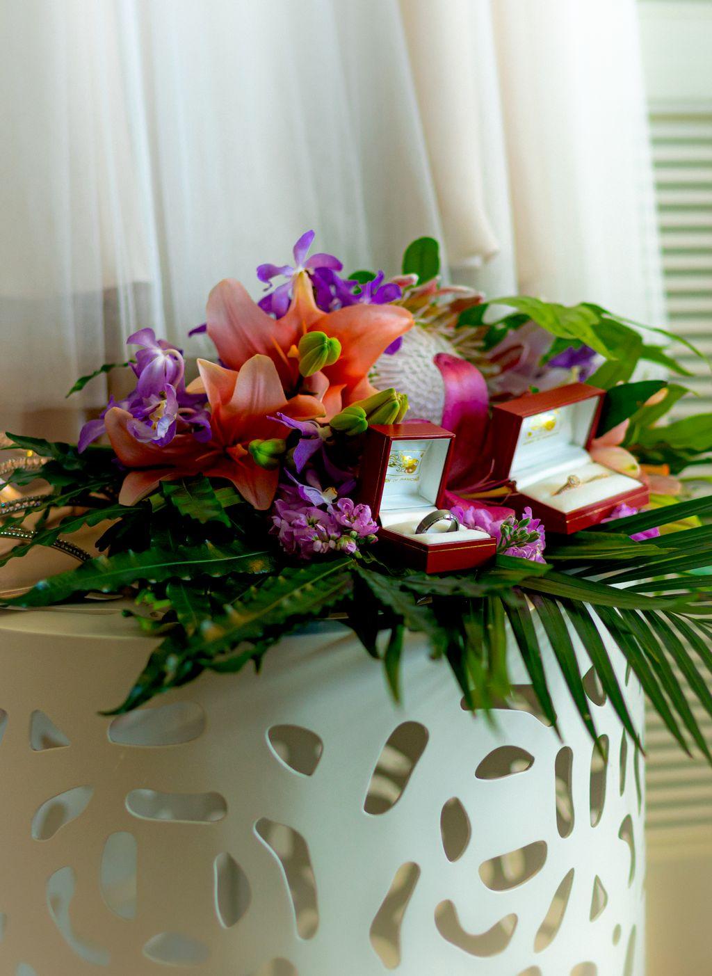Fashionable Waikiki Wedding