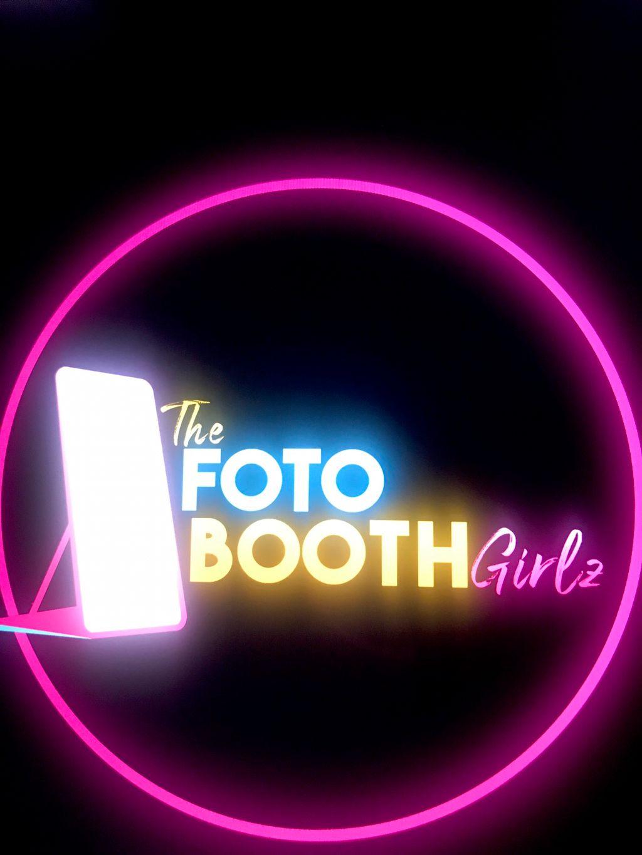 The Fotobooth Girlz