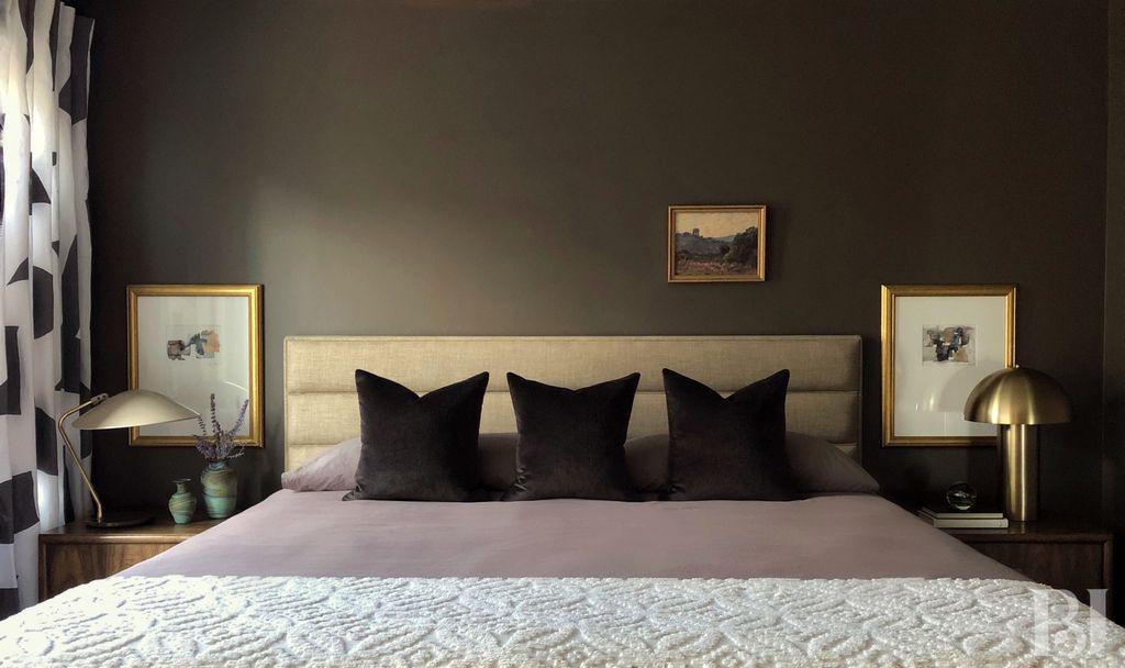 Romantic Bedroom Escape