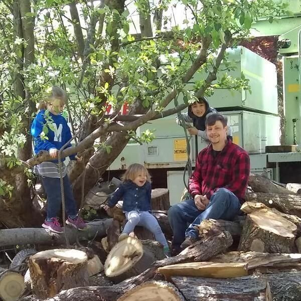 Wolfe Family Tree Co.