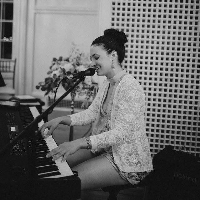 Kirsten Salpini - Music Entertainment and Lessons