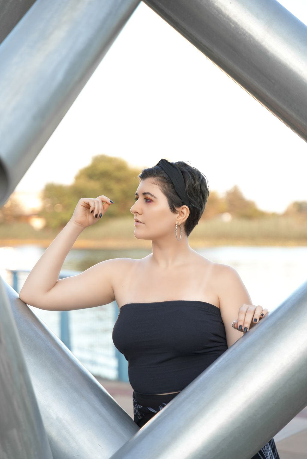 Outdoor Portraits on the Riverfront