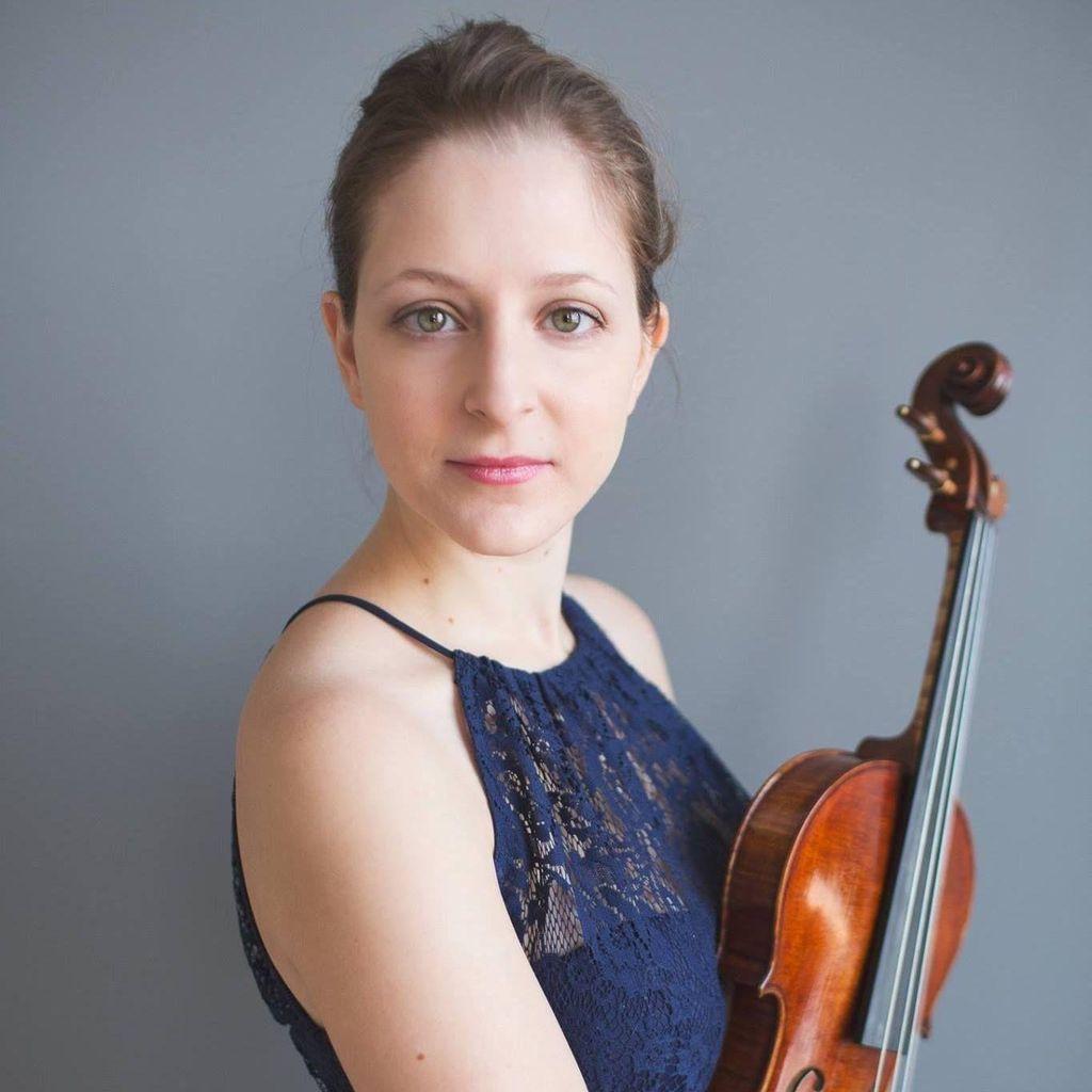 Emma Piazza - Violinist