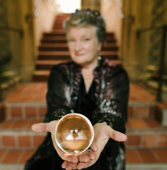 Tarot and Psychic Reader Entertainment - Redwood City 2019