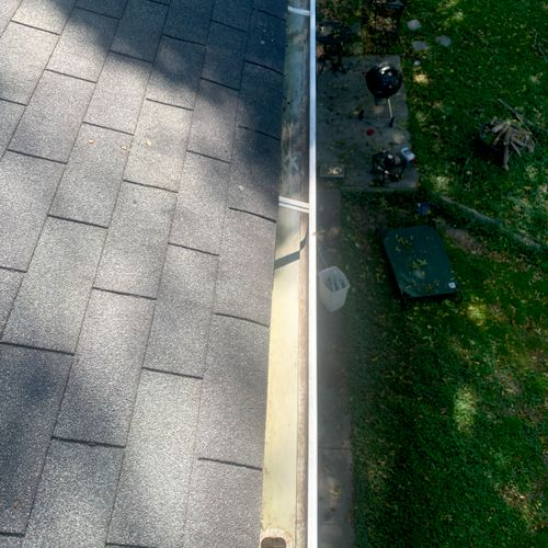 We love cleaning gutters!